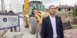 İpekyolu Kaymakamı ve Belediye Başkan Vekili Aslan, yol çalışmalarını yerinde inceledi