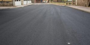 Bağlar Belediyesi 15 bin nüfuslu mahalleye uzun yıllar sonra asfalt yapıldı