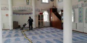 Diyarbakır'da camiler bayrama hazırlandı