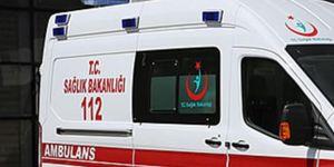 Gürpınar'da meydana gelen kazada 1 kişi hayatını kaybetti, 17 kişi yaralandı