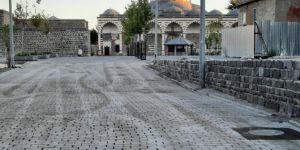 Diyarbakır Büyükşehir Belediyesi tarihi camilerin çevresini yeniliyor