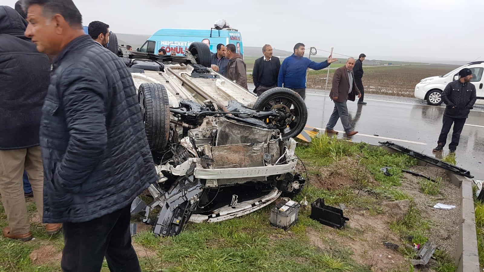 Bismil Yukarısalat yakınlarında kaza: 3 yaralı