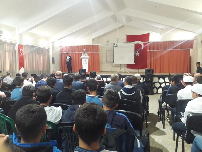 Çınar Anadolu İmam Hatip Lisesi öğrencilerinden Mevlid-i Nebi programı
