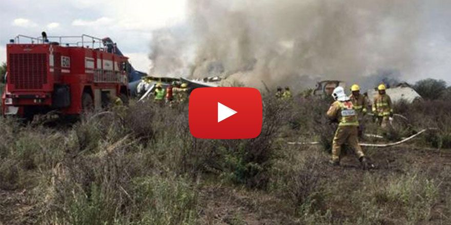 Meksika'da yolcu uçağı düştü: Yolcuların tamamı sağ kurtuldu