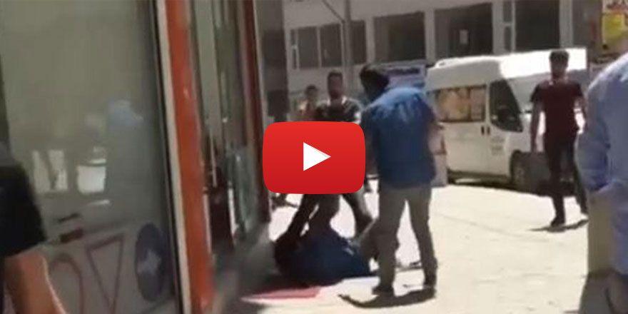 Kızıltepe'de bıçaklı saldırıya uğrayan kadın ağır yaralandı